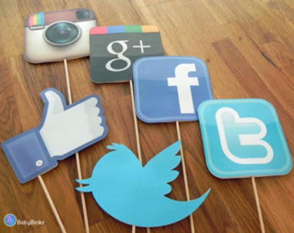 Como incorporar caixas de redes sociais no blog